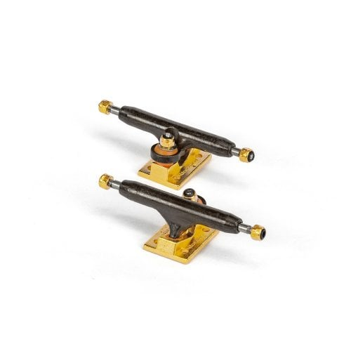 Blackriver Fingerboards Trucks: Wide 2.0 Black/Gold 32